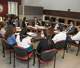 students get professional help on their careers from experts